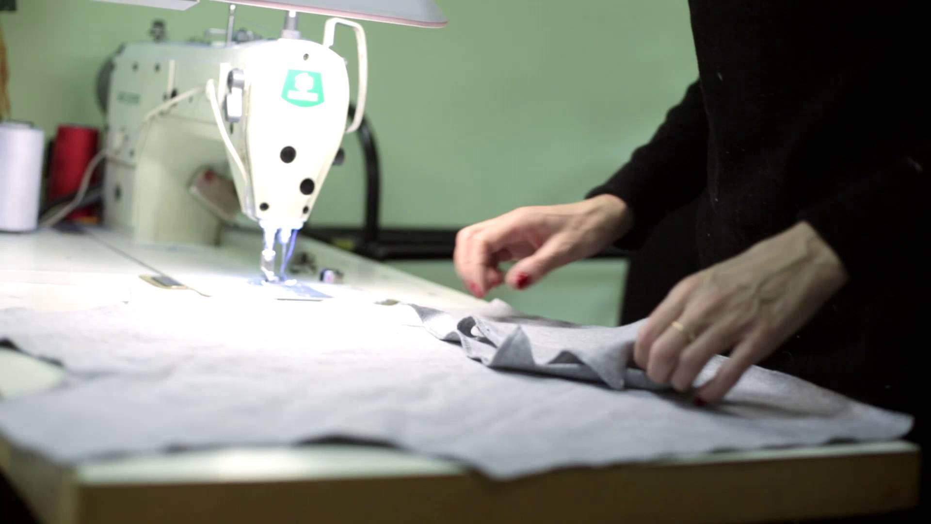 Пошив одежды оптом – швейный цех Август